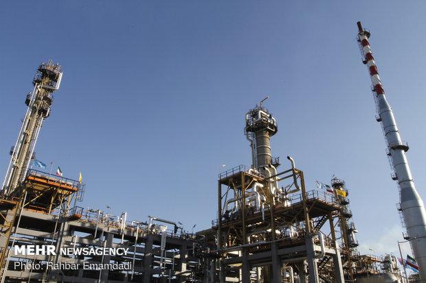 پیشنهاد وزارت اقتصاد برای تامین مالی شرکتهای نفتی در بورس